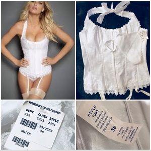 NWT Fredericks of Hollywood halter corset set